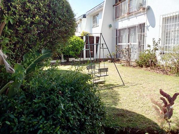 Property For Rent in Corlett Gardens, Johannesburg