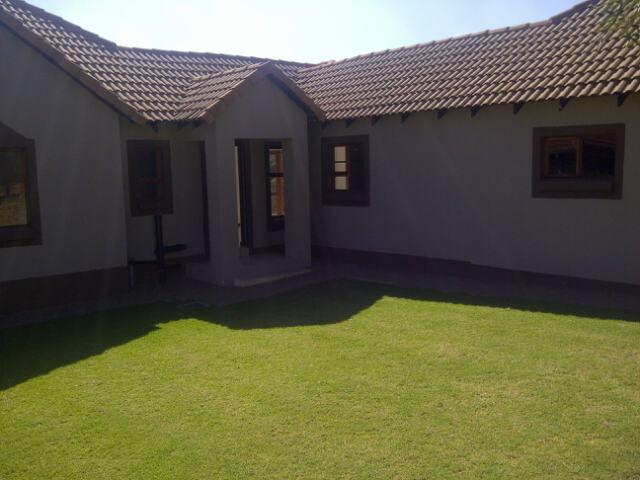 Property For Rent in Greenstone Hill, Edenvale 14