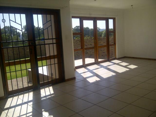 Property For Rent in Greenstone Hill, Edenvale 1