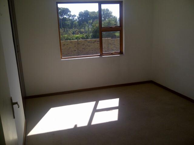 Property For Rent in Greenstone Hill, Edenvale 10