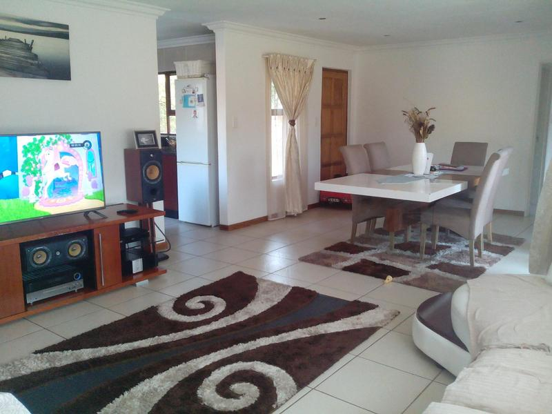Property For Rent in Greenstone Hill, Edenvale 11