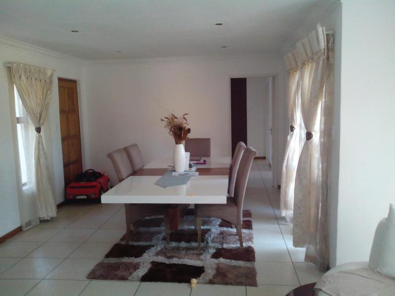 Property For Rent in Greenstone Hill, Edenvale 12