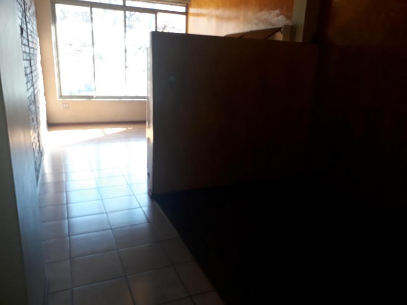 Property For Rent in Braamfontein, Johannesburg 5