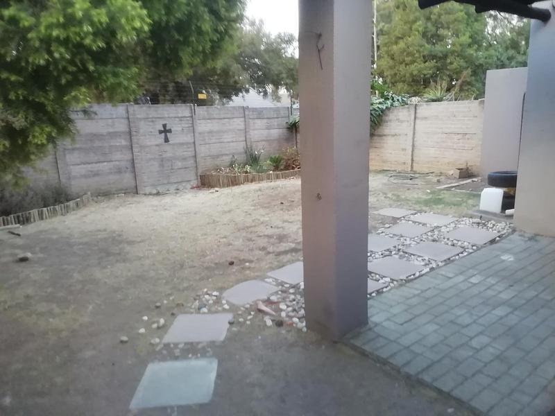 Property For Rent in Eden Glen, Edenvale 14