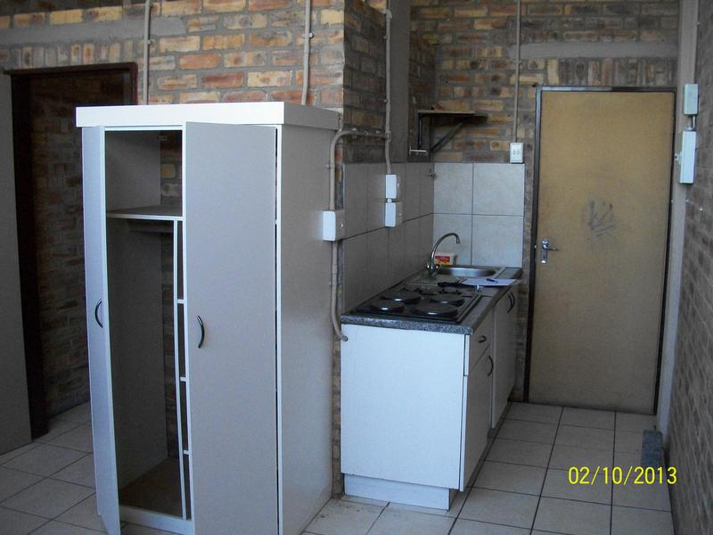 Property For Rent in Troyeville, Johannesburg 1