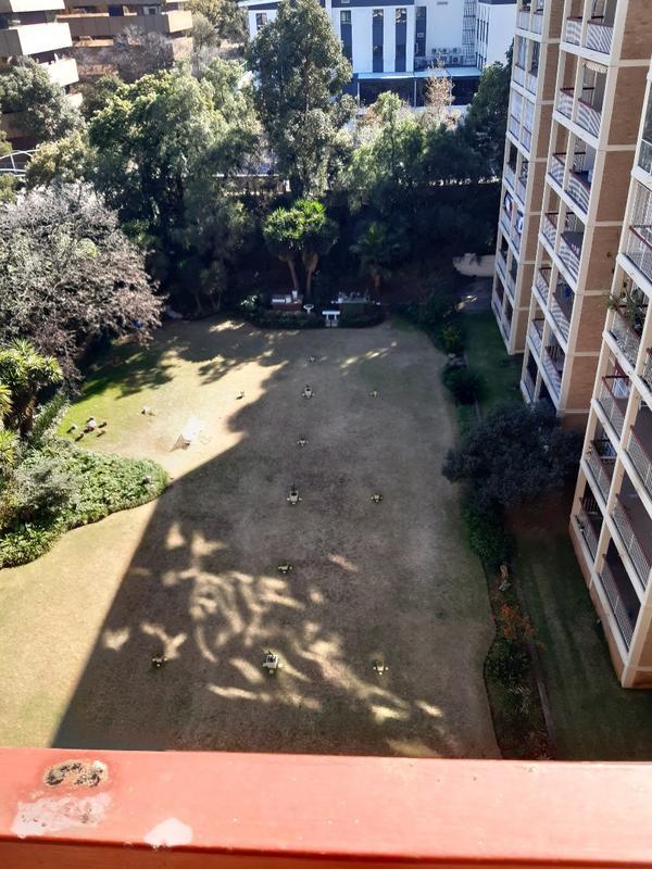 Property For Rent in Parktown, Johannesburg 7