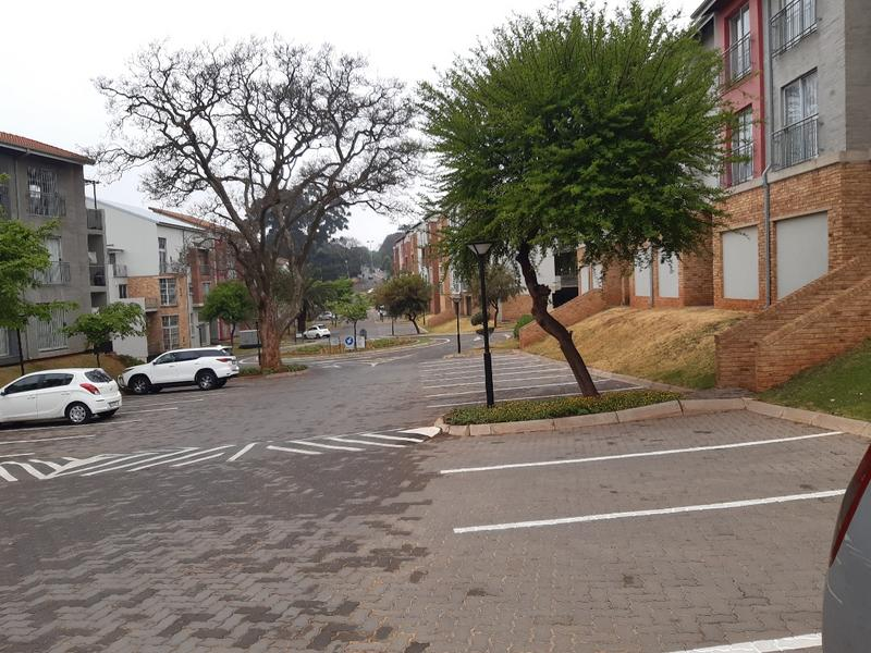 Property For Sale in Houghton, Johannesburg 13