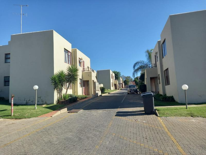 Property For Rent in Kew, Johannesburg 7
