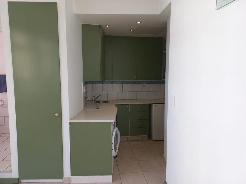 Property For Rent in Braamfontein, Johannesburg 10
